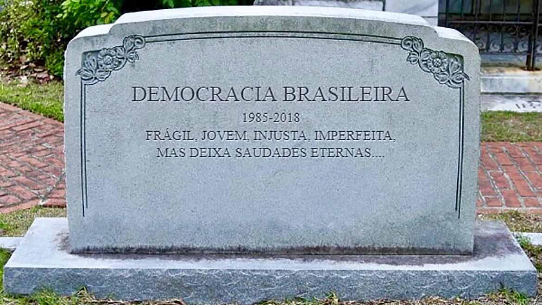 democraciaRIP-1170x658